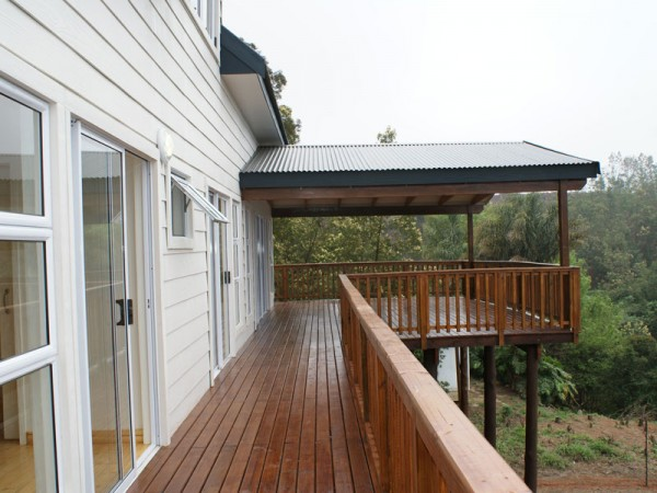 Cabin: Wooden Deck